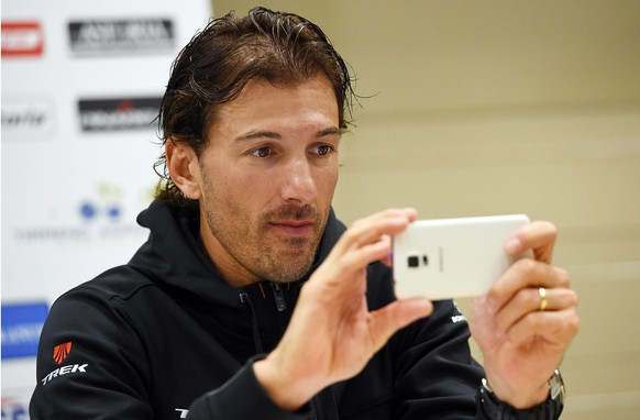 epa04656393 Swiss cyclist Fabian Cancellara of the Trek Factory Racing team attends a press conference of the Tirreno-Adriatico cycling race at Lido di Camaiore, Italy, 10 March 2015. The Tirreno-Adriatico cycling race will take place from 11 to 17 March 2015.  EPA/DANIEL DAL ZENNARO