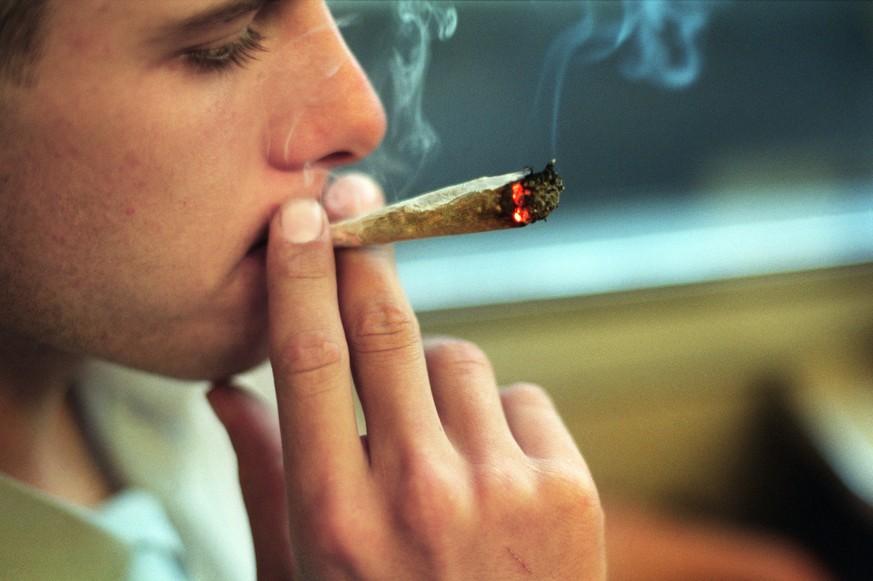 Das Buch alena, wie speziell für die Frauen Rauchen aufzugeben