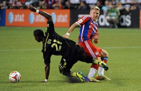PORTLAND, OR - AUGUST 06: Bastian Schweinsteiger #31 of Bayern Munich gets tangled up with Maurice Edu #21 of the MLS All-Stars duing the second half of the game at Providence Park on August 6, 2014 in Portland, Oregon.   Steve Dykes/Getty Images/AFP == FOR NEWSPAPERS, INTERNET, TELCOS & TELEVISION USE ONLY ==