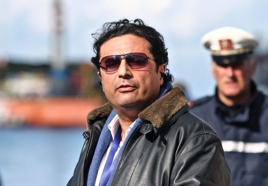 epa04694725 (FILE) A file photo dated 27 February 2014 of captain of the 'Costa Concordia', Francesco Schettino in Giglio harbor after returning from the shipwrecked cruise liner of the Costa Criciere Lines at Giglio Island, Italy. A Florence court has ruled ex Costa Concordia captain Francesco Schettino will remain free pending his appeal trial, sources said 07 April 2015. A court of first instance in February 2015 sentenced Schettino to 16 years in prison for his role in the 2012 Costa Concordia disaster in which 32 people died.  EPA/MAURIZIO DEGL'INNOCENTI *** Local Caption *** 51793867