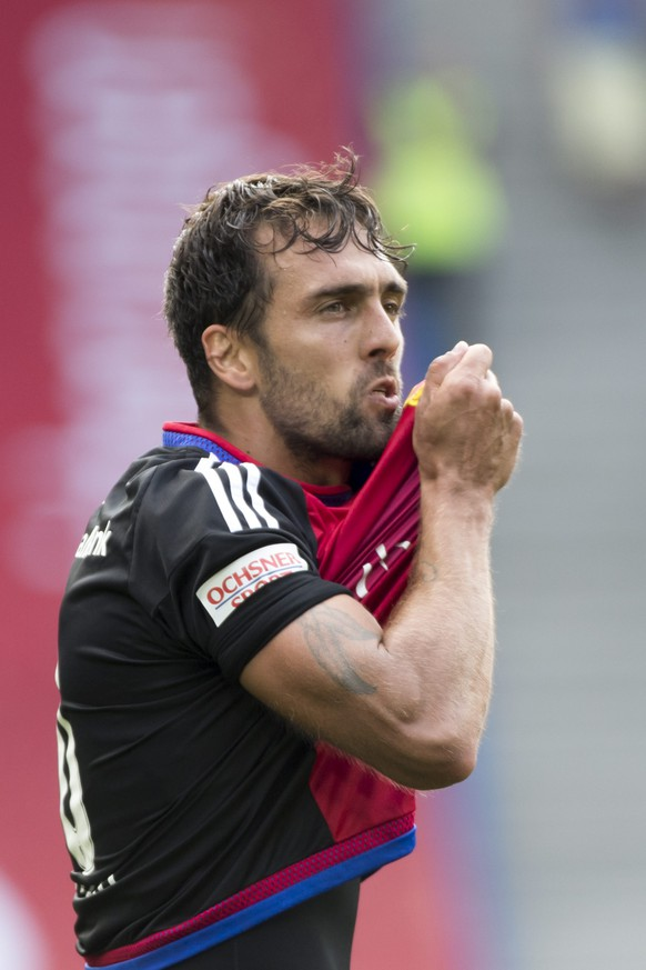 epa05439198 Basel's Matias Delgado cheers after scoring during a Super League match between FC Basel 1893 and FC Sion, at the St. Jakob-Park stadium in Basel, Switzerland, 24 July 2016.  EPA/GEORGIOS KEFALAS