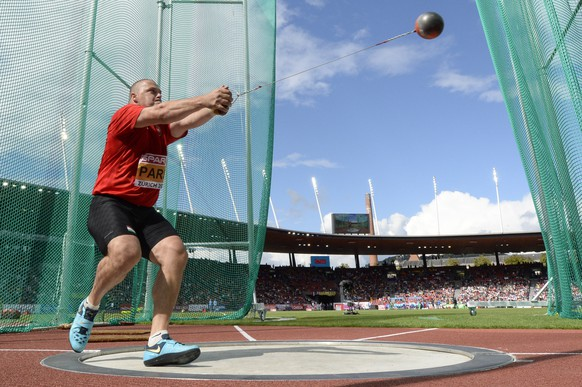 Krisztian Pars from Hungary competes in the men's hammer throw final, at the fifth day of the European Athletics Championships in the Letzigrund Stadium in Zurich, Switzerland, Saturday, August 16, 2014. (KEYSTONE/Jean-Christophe Bott)