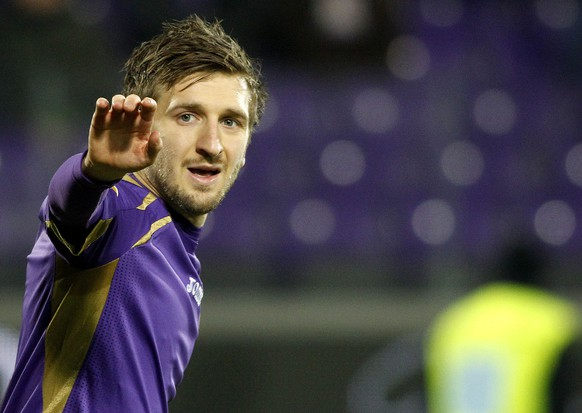Fiorentina's Marko Marin reacts during the Group K Europe League soccer match between Fiorentina and FC Dinamo Minsk at the Artemio Franchi stadium in Florence, Italy, Thursday, Dec. 11, 2014. (AP Photo/Fabrizio Giovannozzi)