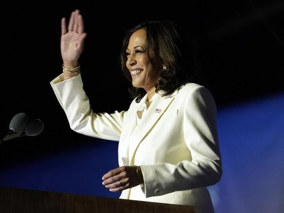 Kamala Harris am Samstag bei einem gemeinsamen Auftritt mit Joe Biden. Foto: Andrew Harnik/AP/dpa