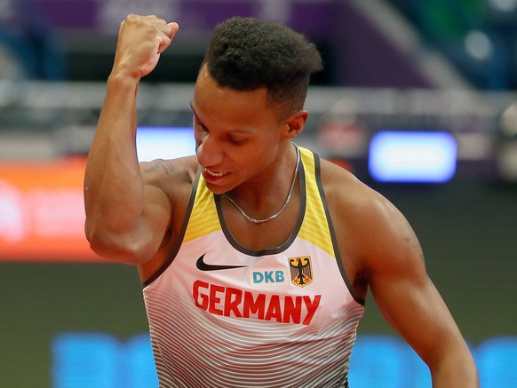 epa05827662 Germany's Raphael Holzdeppe competes in the Men's Pole Vault Final at the European Athletics Indoor Championships in Belgrade, Serbia, 03 March 2017.  EPA/SRDJAN SUKI