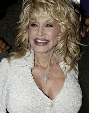 Dolly Parton arrives at the premiere of