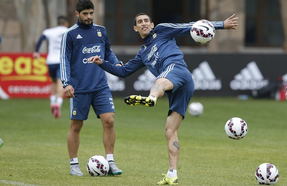 Argentina's Angel Di Maria controls the ball during a training session in La Serena, Chile, Monday, June 22, 2015. Argentina will face Colombia in the next round of the Copa America soccer tournament on Friday. (AP Photo/Andre Penner)