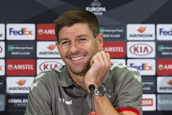 epa07889814 Glasgow's head coach Steven Gerrard attends a press conference at the Stade de Suisse Stadium in Bern, Switzerland, 02 October 2019. Glasgow Rangers will face BSC Young Boys in their UEFA Europa League group G soccer match on 03 October 2019.  EPA/PETER KLAUNZER