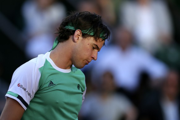 Austria's Dominic Thiem loos down as he plays Spain's Rafael Nadal during their semifinal match of the French Open tennis tournament at the Roland Garros stadium, Friday, June 9, 2017 in Paris. (AP Photo/David Vincent)