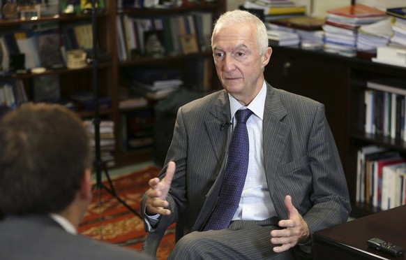 European Union's Counter-Terrorism Coordinator Gilles de Kerchove speaks during an interview with Reuters at the EU Council building in Brussels June 19, 2014. The hardline Islamist group that has seized parts of Syria and Iraq is probably training and directing foreign fighters to carry out attacks in Europe and elsewhere, the European Union's counter-terrorism coordinator said on Thursday. To match Interview IRAQ-SECURITY/KERCHOVE         REUTERS/Francois Lenoir (BELGIUM - Tags: POLITICS CONFLICT)