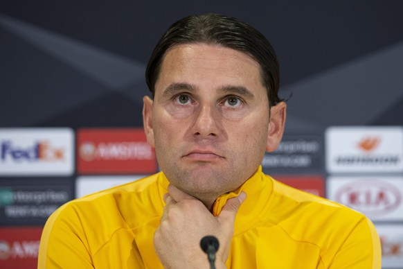 epa07888730 Bern's head coach Gerardo Seoane during a press conference one day before the UEFA Europa League group stage match between Switzerland's BSC Young Boys Bern and Scotland's Glasgow Rangers, at the Stade de Suisse Stadium in Bern, Switzerland, 02 October 2019.  EPA/PETER KLAUNZER