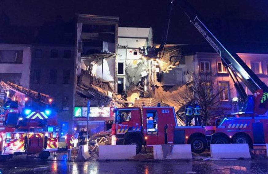 Drei Wohnhäuser in Antwerpen bei Explosion zerstört - bis zu 20 Verletzte