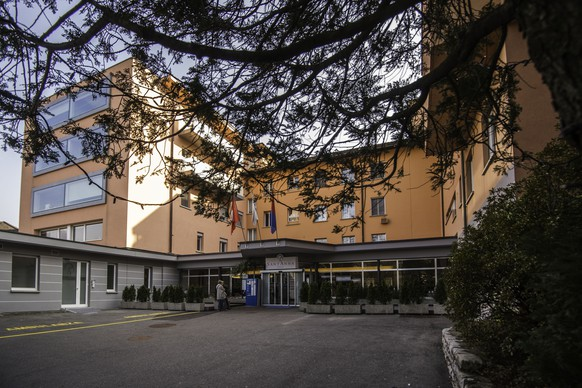 The Clinica Sant Anna di Lugano in Sorengo the southern part of Switzerland is pictured on Friday, March 13 2015. Several Media spread the rumor of Vladimir Putin's girlfriend Alina Kabajewa giving birth to Putin's third child at the Clinica Sant'Anna. (KEYSTONE/TI-PRESS/Samuel Golay)