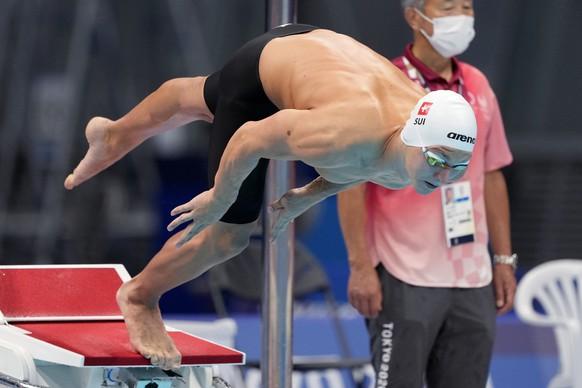 Antonio Djakovic, of Switzerland, starts in his heat of the men's 400-meter freestyle at the 2020 Summer Olympics, Saturday, July 24, 2021, in Tokyo, Japan. (AP Photo/Martin Meissner) Antonio Djakovic