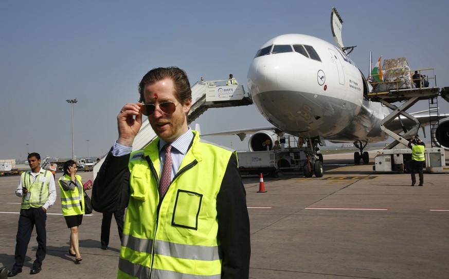Auf der Landebahn Mega-Millionen-Beute - Diebe überfallen Lufthansa-Maschine