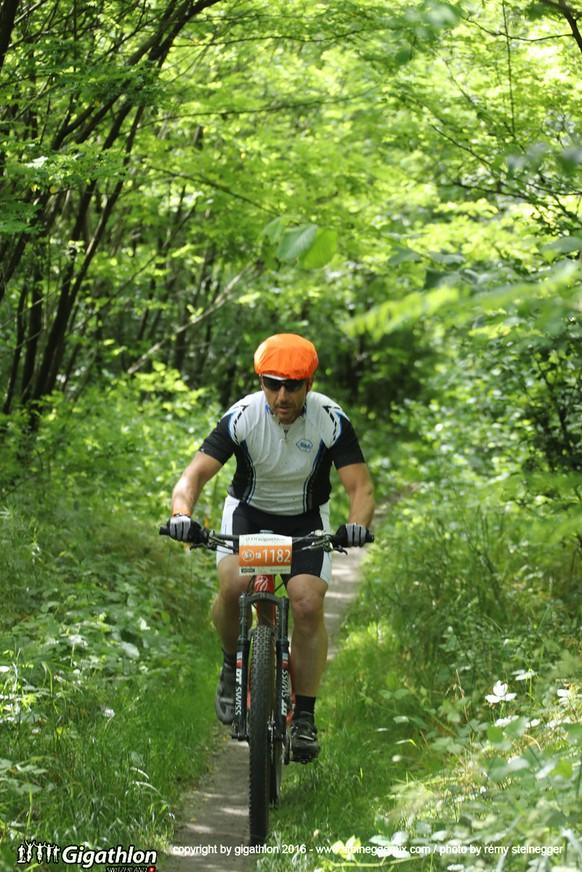BIASCA-AIROLO, 11.06.2016 - Auf der Bikestrecke ueber 48 km + 1700 Hm von Biasca nach Airolo am Sabato Ticinese am Gigathlon 2016.   copyright by gigathlon.ch & www.steineggerpix.com / photo by remy steinegger  +++  NO RESALE / NO ARCHIVE  +++