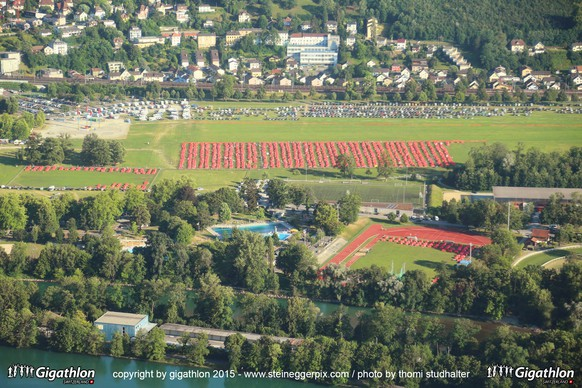 AARAU, 11.07.2015 - Flugaufnahmen Camp Gigathlon 2015 im Aargauer Schachen. Impression vom Discovery Saturday am Gigathlon 2015 in Aarau.   copyright by gigathlon.ch & www.steineggerpix.com / photo by thomi Studhalter  +++  NO RESALE / NO ARCHIVE  +++