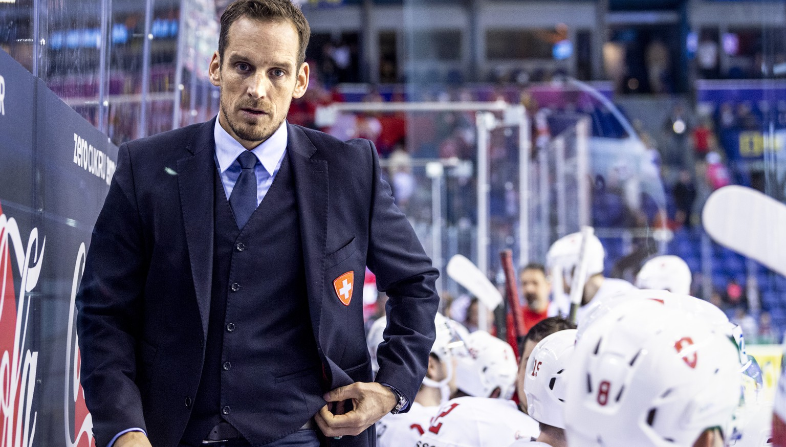 Switzerland`s coach Patrick Fischer during the semi final game between Canada and Switzerland, at the IIHF 2019 World Ice Hockey Championships, at the Steel Arena in Kosice, Slovakia, on Thursday, May 23, 2019. (KEYSTONE/Melanie Duchene)