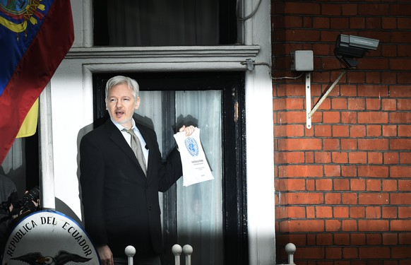 Assange feiert Ende der Ermittlungen als