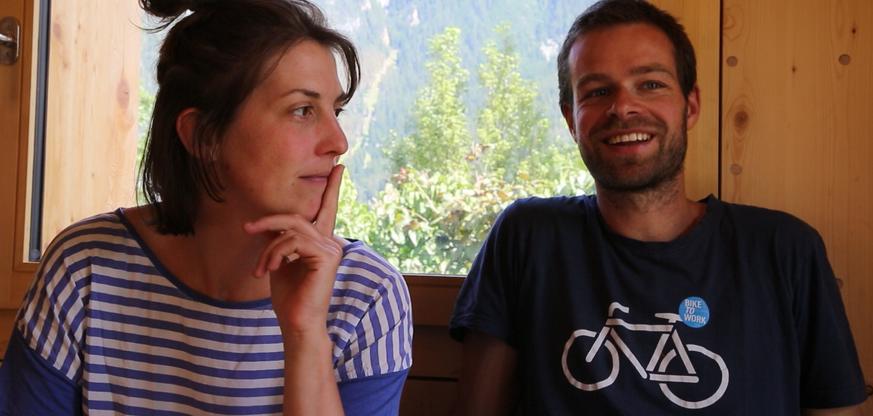 Whatsapp-Laden und viele Ferien – so revolutioniert ein junges Paar gerade das Bauern