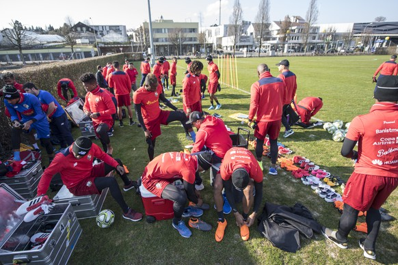 The Panama soccer national team during a training session at the stadium in Emmen, Switzerland, Saturday, 24 March, 2018. Panama will play against Switzerland on Tuesday, 27 March 2018 in Lucerne for a friendly soccer match. (KEYSTONE/Urs Flueeler).