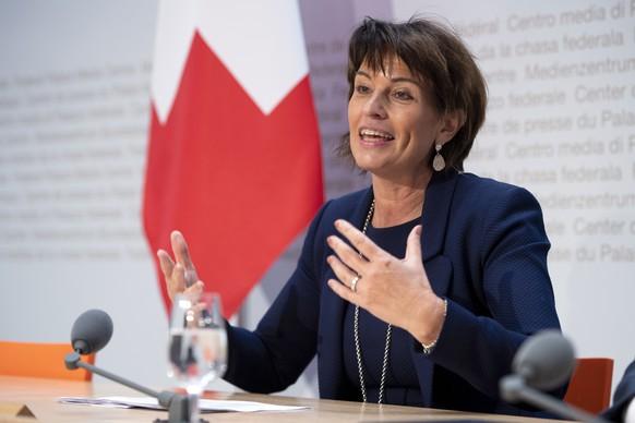 Bundesraetin Doris Leuthard spricht an der Medienkonferenz ueber seinen Ruecktritt auf Ende Dezember 2018, am Donnerstag, 27. September 2018, in Bern. (KEYSTONE/Anthony Anex)