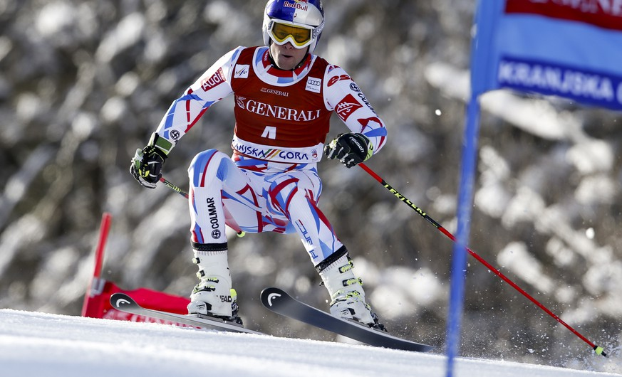 France's Alexis Pinturault speeds down the course during the first run of an alpine ski World Cup men's giant slalom race, in Kranjska Gora, Slovenia, Friday, March 4, 2016. (AP Photo/Shin Tanaka)