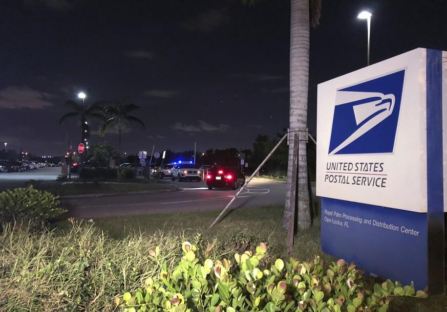 Briefbomben: Hillary Clinton gibt Trump Mitschuld