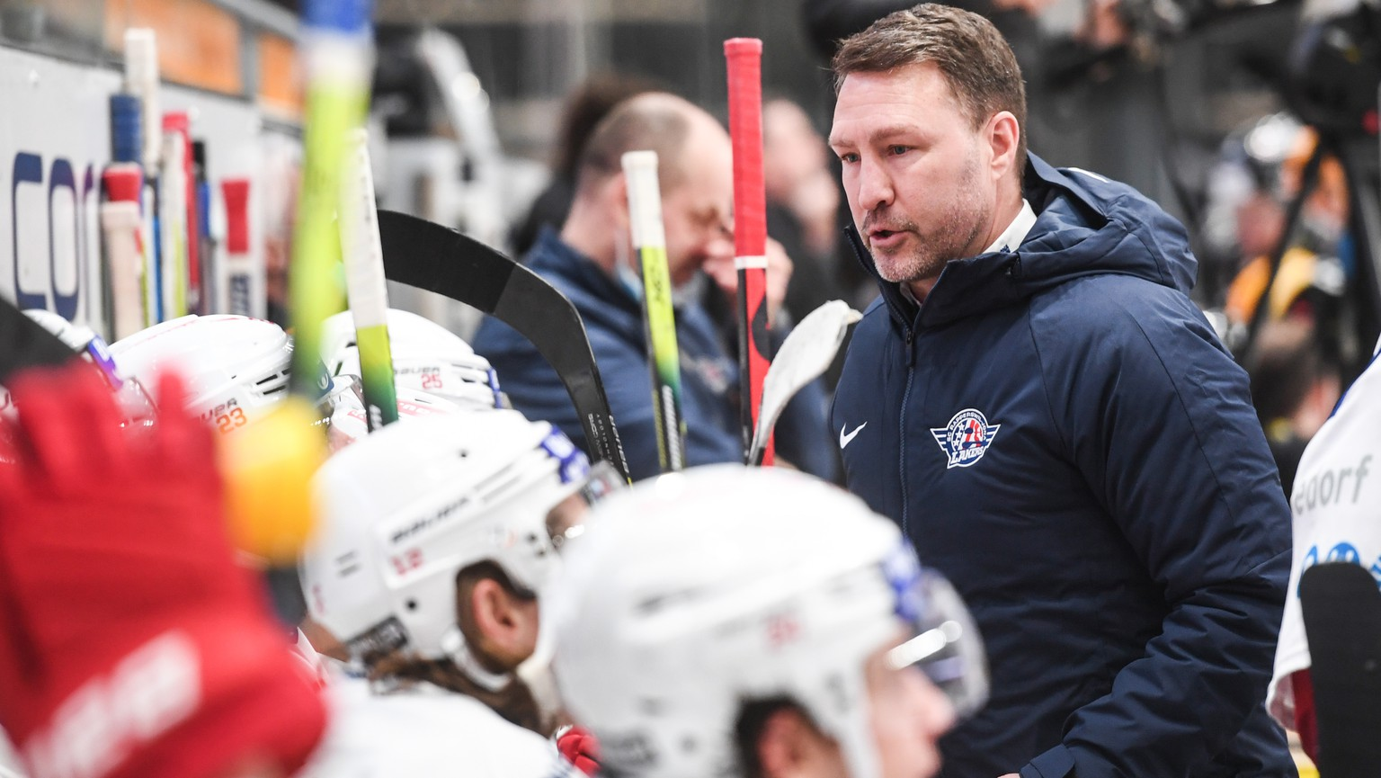 Laker's Head Coach Jeff Tomlinson during the preliminary round game of National League Swiss Championship between HC Lugano and SC Rapperswil-Jona Lakers at the ice stadium Corner Arena in Lugano, on Sunday, 31 January 2021. (KEYSTONE/Ti-Press/Alessandro Crinari)