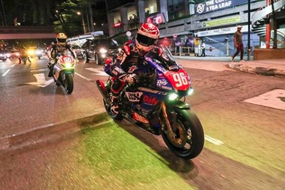 Sportlerpics auf Social Media: Mulhauser rast durch Kuala Lumpur