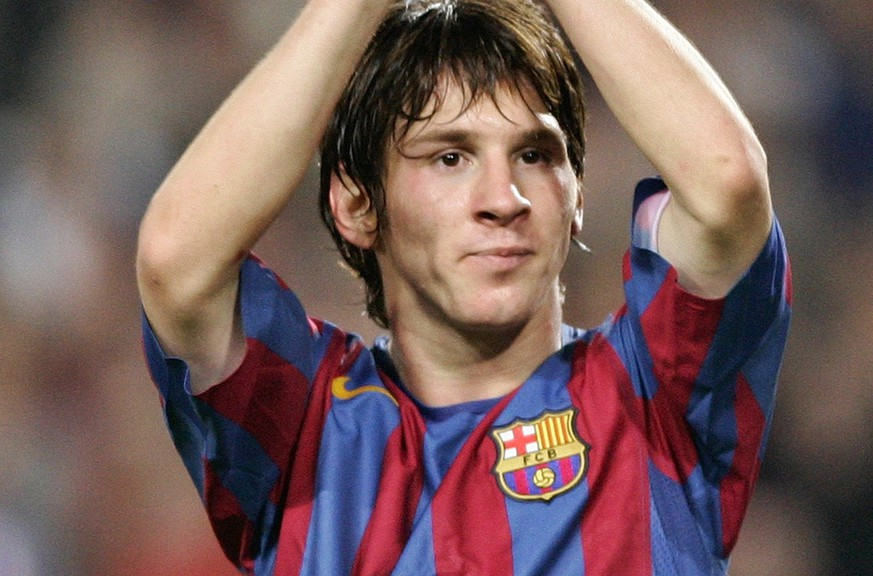 Barcelonas Lionel Messi, from Argentina, celebrates after scoring against Panathinaikos during their Group C Champions League soccer match in Barcelona, Spain, Wednesday Nov. 2, 2005. (KEYSTONE/AP Photo/Manu Fernandez)