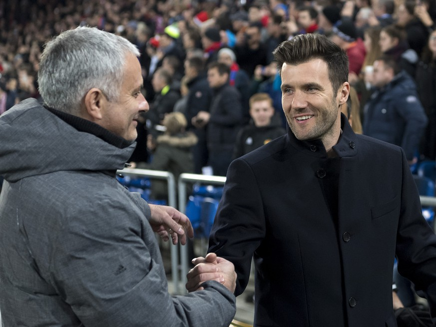 Manchester United's head coach Jose Mourinho, left, and Basel's head coach Raphael Wicky, right, shake hands prior to the UEFA Champions League Group stage Group A matchday 5 soccer match between Switzerland's FC Basel 1893 and England's Manchester United FC at the St. Jakob-Park stadium in Basel, Switzerland, on Wednesday, November 22, 2017. (KEYSTONE/Georgios Kefalas)