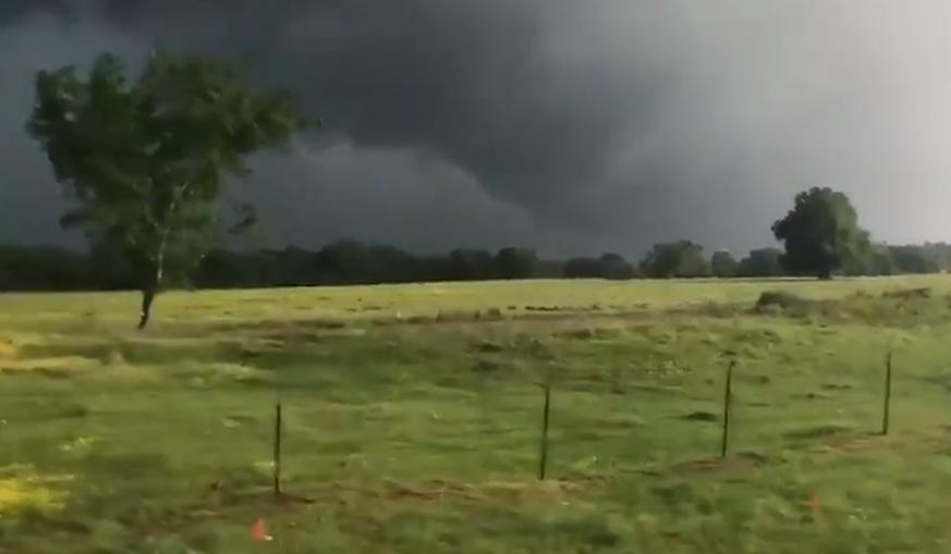 Mindestens zwei Tote und viele Verletzte bei Tornado in Texas