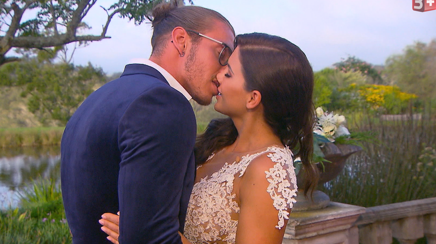 Bachelorette Finale Im Liveticker Andrinas Letzte Rose Ging An