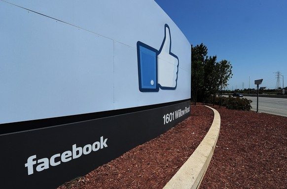 (FILES) This May 15, 2012 file photo shows the sign at the entrance to the Facebook main campus in Menlo Park, California.  Facebook tightened the reins on October 2, 2014 on its research methods in the wake of an outcry by members who felt manipulated by a secret study into how posts affect moods. The world's biggest social network announced that a panel of senior personnel from a range of teams was created to review proposed research projects, which will go through advanced scrutiny to make certain they fall within acceptable guidelines.