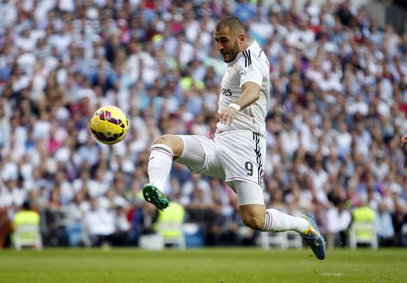 25.10.2014; Madrid; Fussball Primera Division - Real Madrid - FC Barcelona; Karim Benzema (Real) (Jose Luis Cuesta/Cordon Press/freshfocus)
