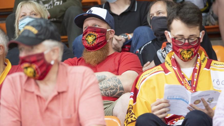 die-maske-ein-panzer-gegen-die-lust-am-erlebnis-eishockey