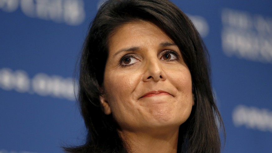 FILE PHOTO - South Carolina Governor Nikki Haley speaks at the National Press Club in Washington, U.S. September 2, 2015. REUTERS/Kevin Lamarque/File Photo TPX IMAGES OF THE DAY