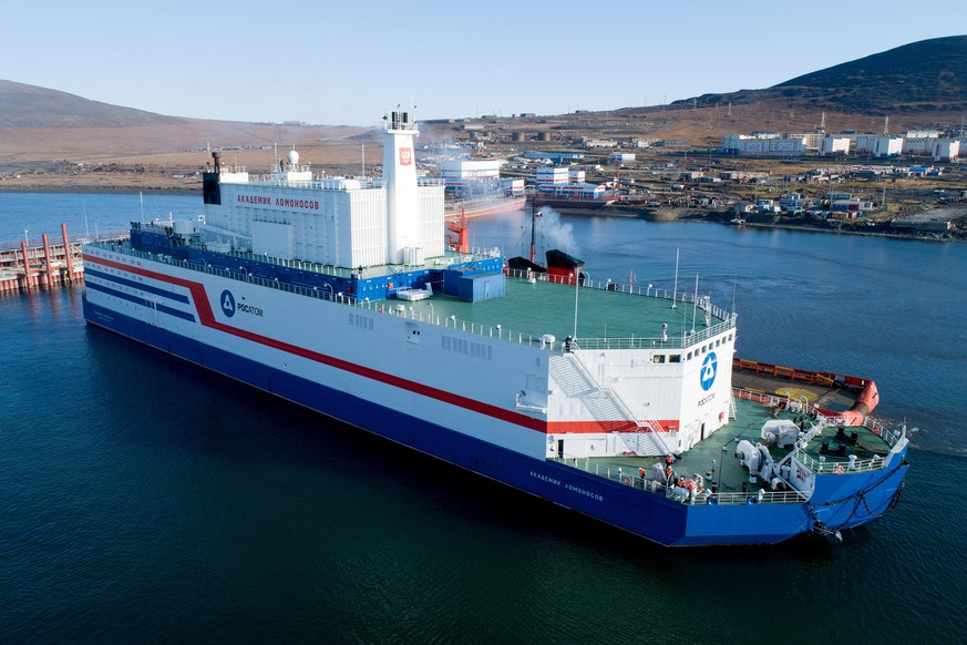CHUKOTKA AUTONOMOUS AREA, RUSSIA - SEPTEMBER 14, 2019: The Akademik Lomonosov floating nuclear power unit arrives at the port of Pevek in Chukotka Autonomous Area in the Russian Far East. Akademik Lomonosov is the world's first floating nuclear power plant; after being put into operation, it is to replace a coal-burning power plant and another nuclear plant; Akademik Lomonosov is to be the northernmost nuclear power plant in Russia and in the world. Alexander Ryumin/TASS (Photo by Alexander Ryumin\TASS via Getty Images)