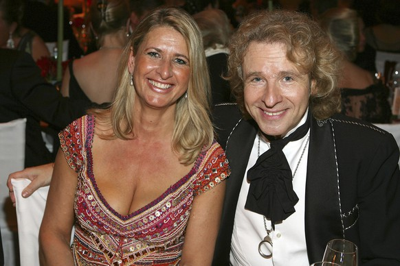 WIESBADEN, GERMANY - FEBRUARY 03:  Raphaela Ackermann and her brother Thomas Gottschalk, attends the 2007 Sports Gala