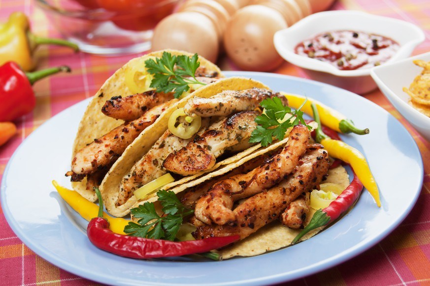 12 beer marinated chicken tacos