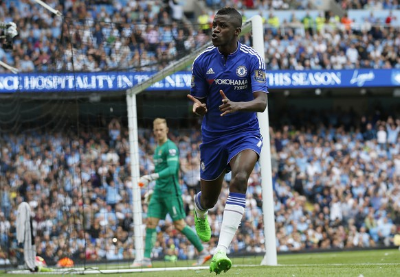 """Football - Manchester City v Chelsea - Barclays Premier League - Etihad Stadium - 16/8/15 Chelsea's Ramires  celebrates after scoring a goal which is later disallowed Action Images via Reuters / Carl Recine Livepic EDITORIAL USE ONLY. No use with unauthorized audio, video, data, fixture lists, club/league logos or """"live"""" services. Online in-match use limited to 45 images, no video emulation. No use in betting, games or single club/league/player publications.  Please contact your account representative for further details."""