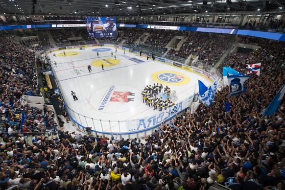 Am 11. September 2021 brach in der Leventina eine neue Zeitrechnung an. Der HC Ambri-Piotta trug sein erstes Heimspiel im neuen Stadion aus.