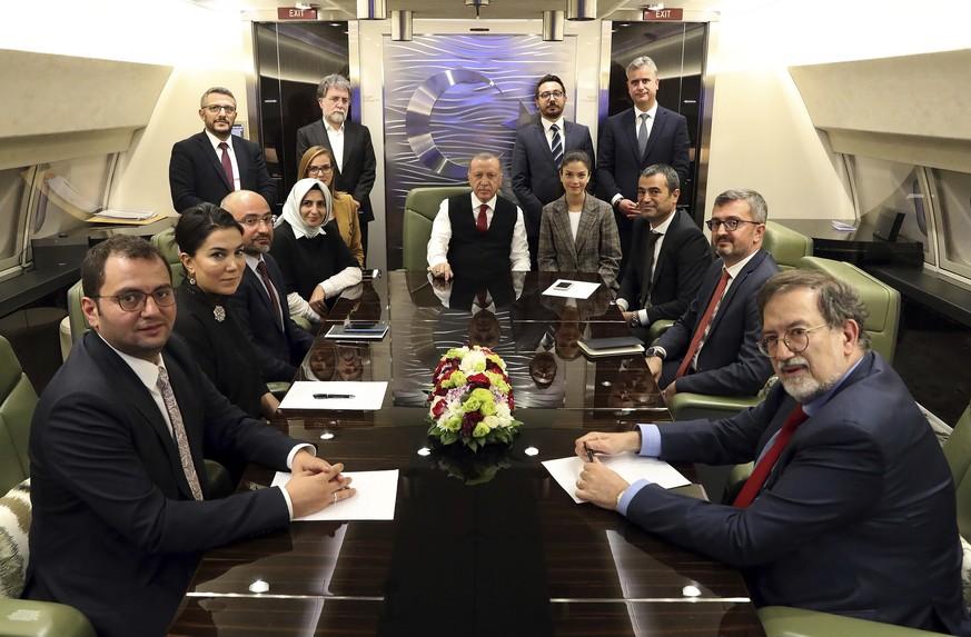 Beschuss trotz Waffenruhe: Erdogan erwartet vollständigen Kurden-Rückzug