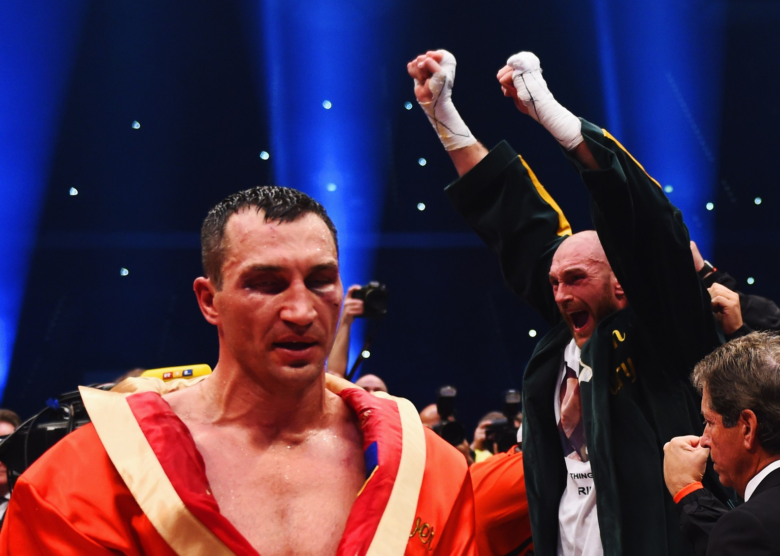 DUESSELDORF, GERMANY - NOVEMBER 28:  Tyson Fury celebrates as he defeats Wladimir Klitschko to become new World Heavyweight Champion during the IBF IBO WBA WBO Heavyweight World Championship contest at Esprit-Arena on November 28, 2015 in Duesseldorf, Germany.  (Photo by Lars Baron/Bongarts/Getty Images)
