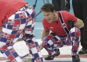 Norway's skip Thomas Ulsrud shouts to teammates during their men's curling round robin game against Switzerland in the Ice Cube Curling Centre at the Sochi 2014 Winter Olympic Games February 16, 2014. REUTERS/Ints Kalnins (RUSSIA  - Tags: SPORT OLYMPICS SPORT CURLING)