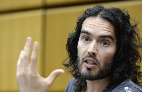 epa04773321 (FILE) A file picture dated 19 March 2014 shows British actor Russell Brand speaking during a press conference at the United Nations Office on Drugs and Crime (UNODC) at the UN headquarters in Vienna, Austria. Russell Brand will turn 40 years of age on 04 June 2015.  EPA/HERBERT NEUBAUER