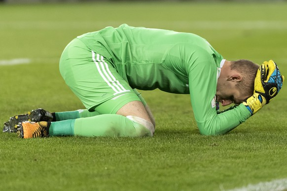 Hungary's goalkeeper Peter Gulacsi reacts  during the 2018 Fifa World Cup Russia group B qualification soccer match between Switzerland and Hungary in the St. Jakob-Park stadium in Basel, Switzerland, on Saturday, October 7, 2017. (KEYSTONE/Georgios Kefalas)