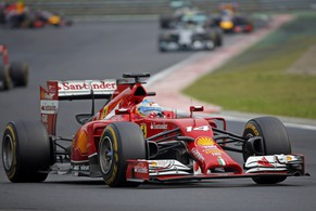 Ferrari Formula One driver Fernando Alonso of Spain drives during the Hungarian F1 Grand Prix at the Hungaroring circuit, near Budapest July 27, 2014. REUTERS/Laszlo Balogh (HUNGARY  - Tags: SPORT MOTORSPORT SPORT MOTORSPORT F1)