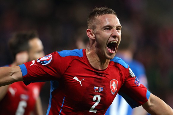 epa04492660 Pavel Kaderabek of Czech Republic celebrates after scroring the 1:1 during the UEFA EURO 2016 qualifying soccer match between Czech Republic and Iceland in Plzen, Czech Republic, 16 November 2014.  EPA/MILAN KAMMERMAYER